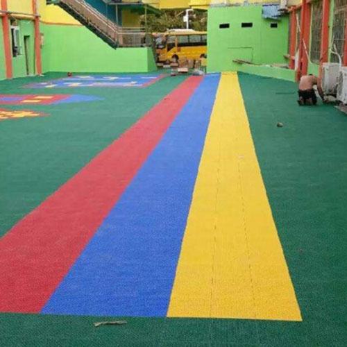 幼儿园运动场地
