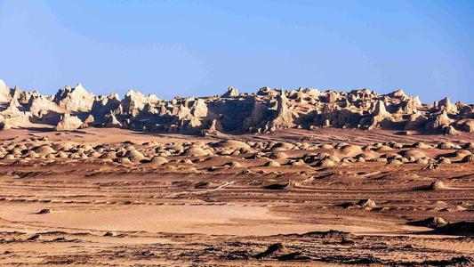 房价,汽车走势得到回应?火星生存模拟基地开营