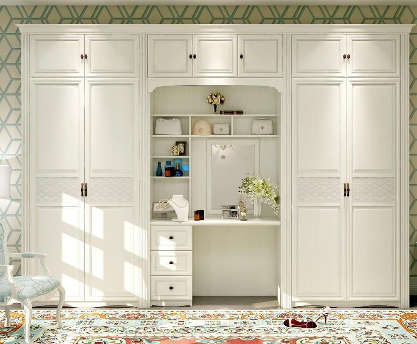 定制衣柜和成品衣柜相比较,哪种更合适你?