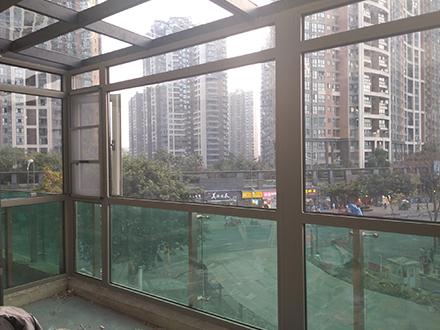 在线视频播放免费观看铝合金门窗
