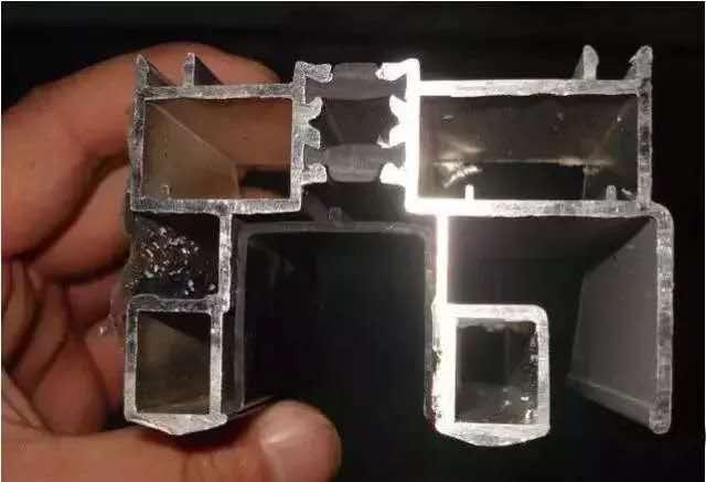 哆啪哆视频1000部成都断桥铝门窗中的65/70/80,这些数字是怎么来的?