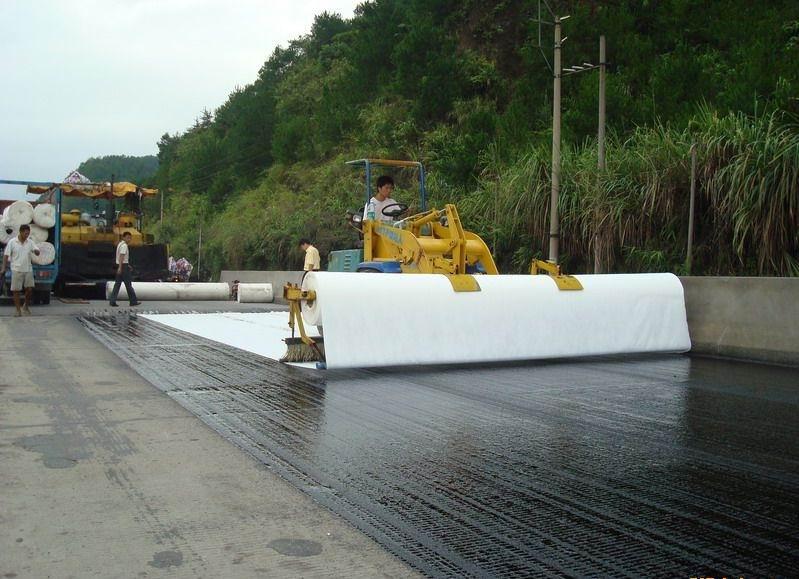 四川公路养护厂家为你解答公路养护装备的技术革新