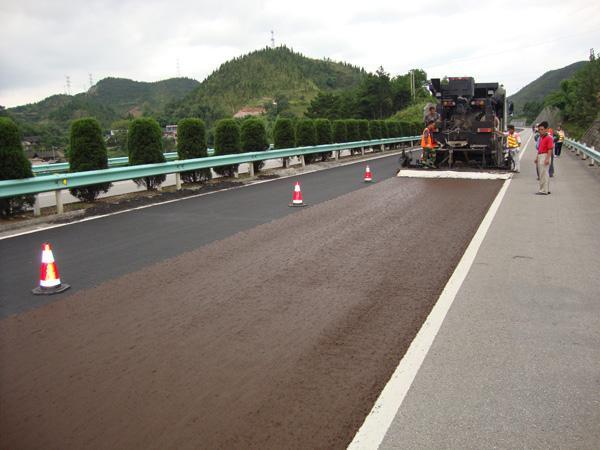 快马养护给大家介绍微表处在高速公路的应用。