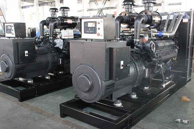 四川发电机厂家告诉你在工地上使用柴油发电机组需要注意的事项