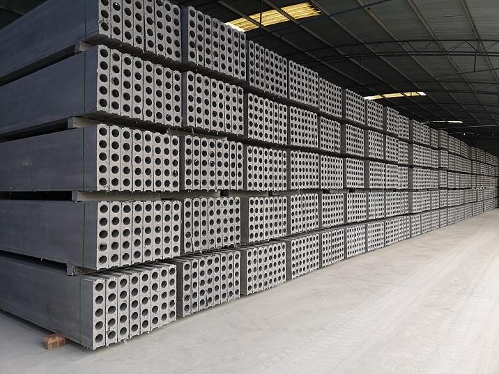 120mm石膏隔墙板生产厂家