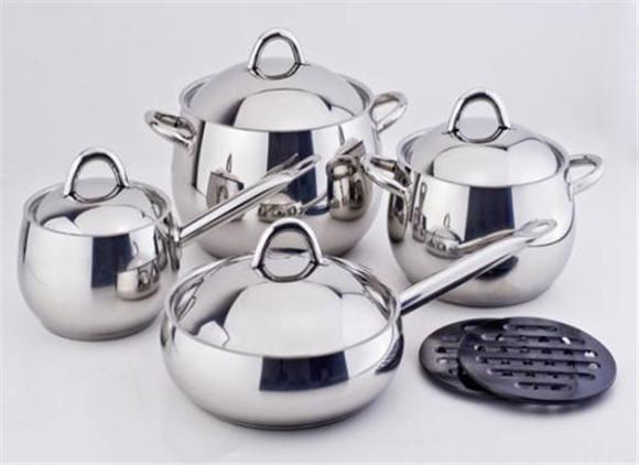不锈钢钢厨具要怎样清洗才干净,没有污渍呢?