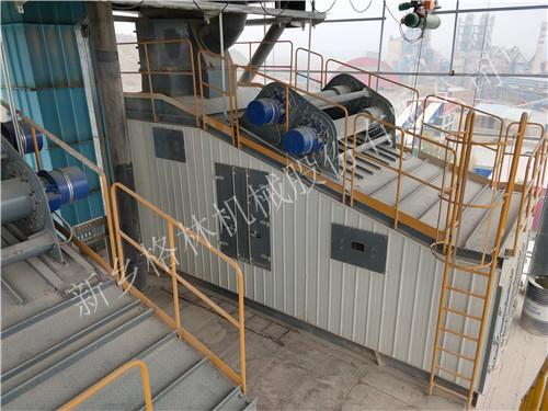 河南砂石骨料振動篩生產線的四大系統,振動給料機設備負責是石料的供應