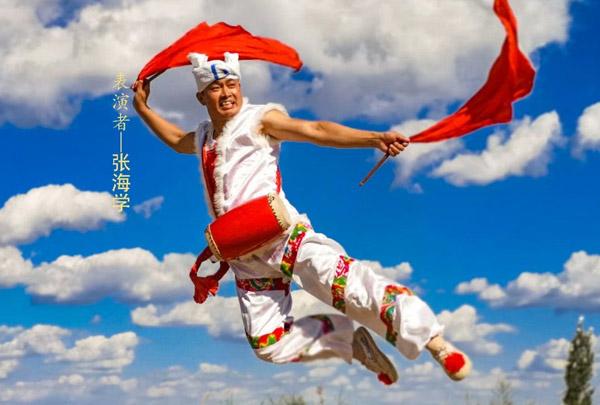 安塞腰鼓,延安黄土风情文化的一朵艺术奇葩。
