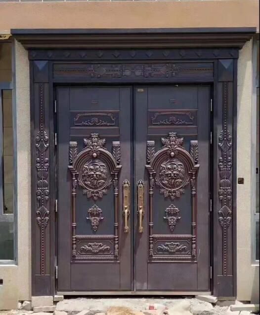 门是家家户户都会用到的,那么在选购时,铜门和铸铝门有什么区别呢?且看本文分享!