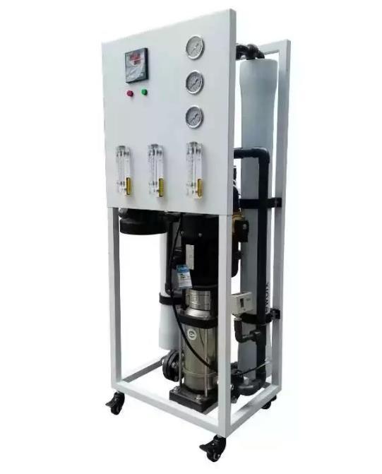 西安水设备厂家为大家分享一下0.5吨纯净水设备的特点