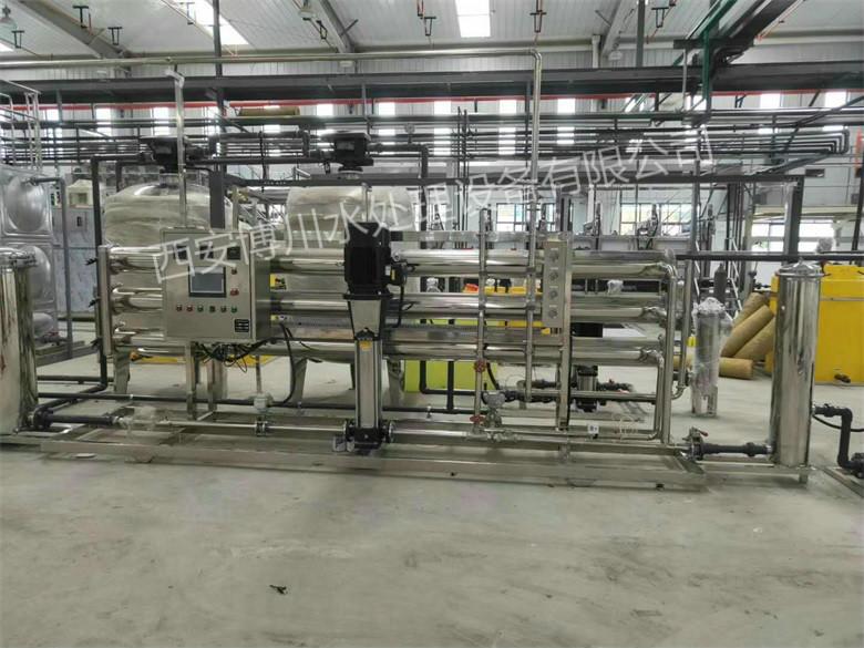 给某电子厂安装15吨水处理设备