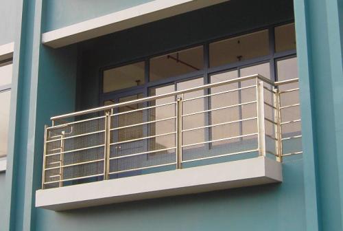 中合荆门阳台防护栏销售厂家_锌钢阳台护栏