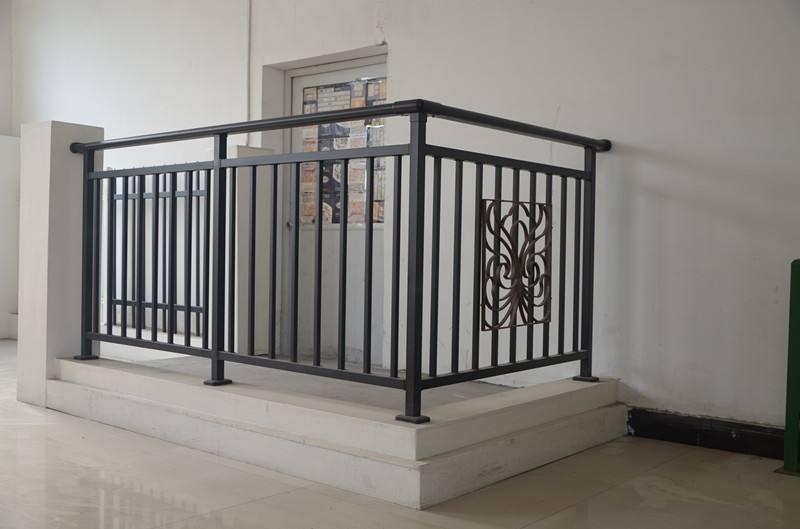 荆门阳台防护栏厂家