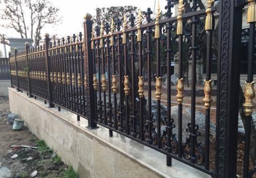 铝艺护栏_庭院护栏_别墅护栏 -_阳台护栏厂家直销