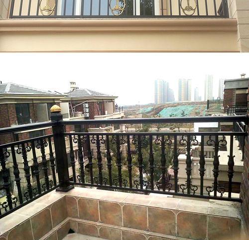 荆门定制铝艺阳台护栏欧式铝艺栏杆护栏
