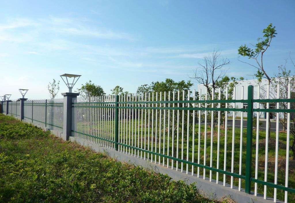 荆门锌钢护栏厂家