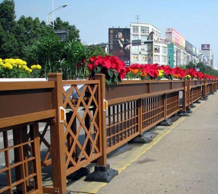 耐用的市政护栏的主要的应用在哪些场景?