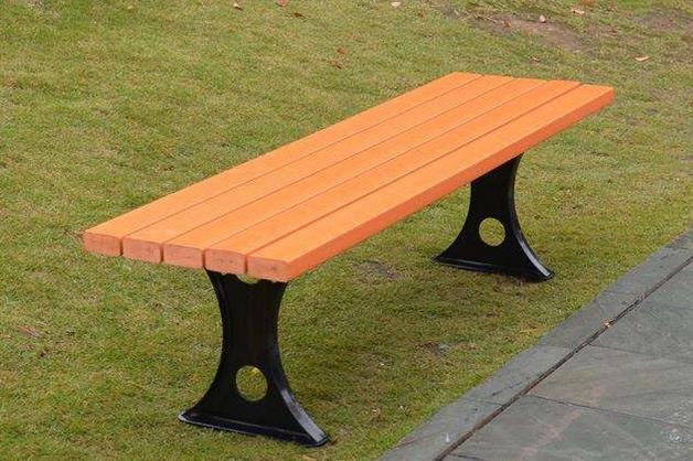塑木制成的塑木制成的户外椅子具有哪些突出优势?