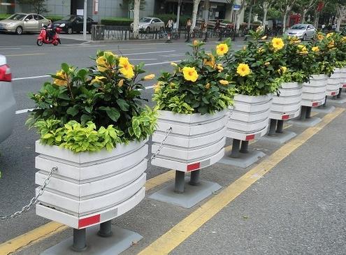 铝合金花箱护栏为什么会越来越受大众欢迎?