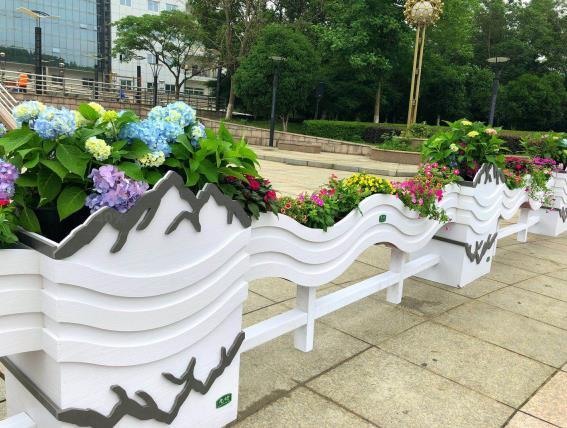 PVC花箱—城市不可缺少的装饰物!