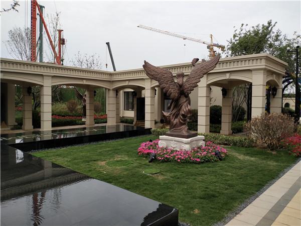 绿地景观回廊中使用我们的景观雕塑!