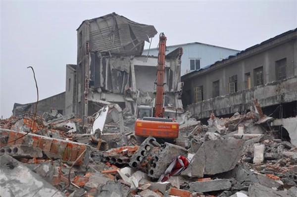 拆除工程的注意事项必须要了解,因为安全施工是关键!