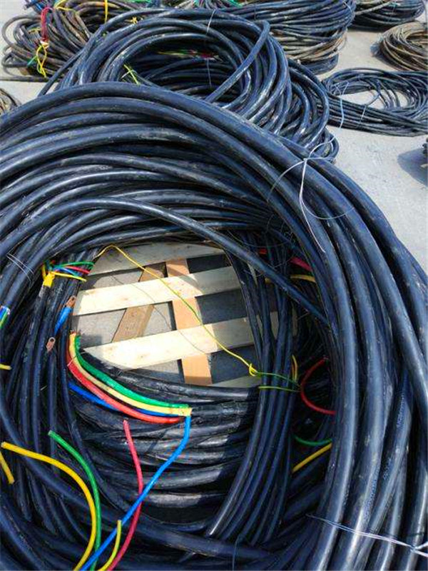 关于废旧电缆回收后的分类和处理方法来了解一下吧