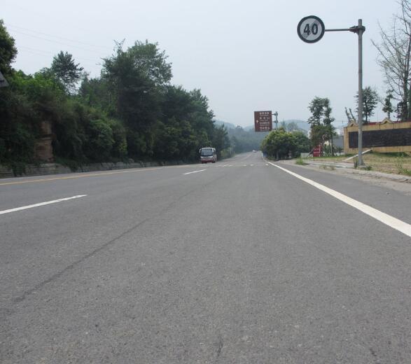 四川灌注粘钢胶公路工程案例展示