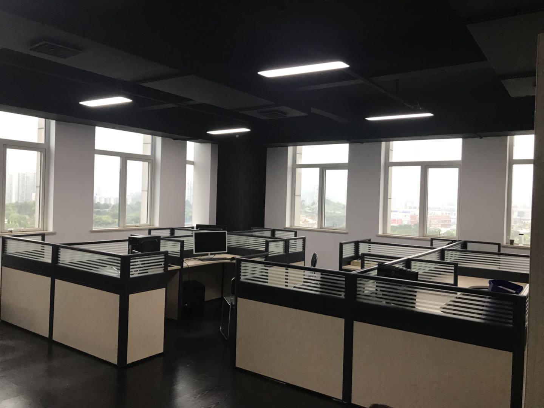 为某公司定制的办公家具