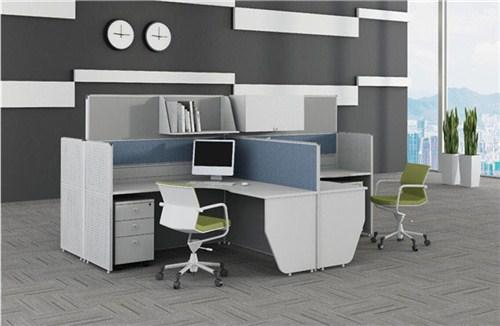 要想做到空间变大该怎么摆放办公家具呢?
