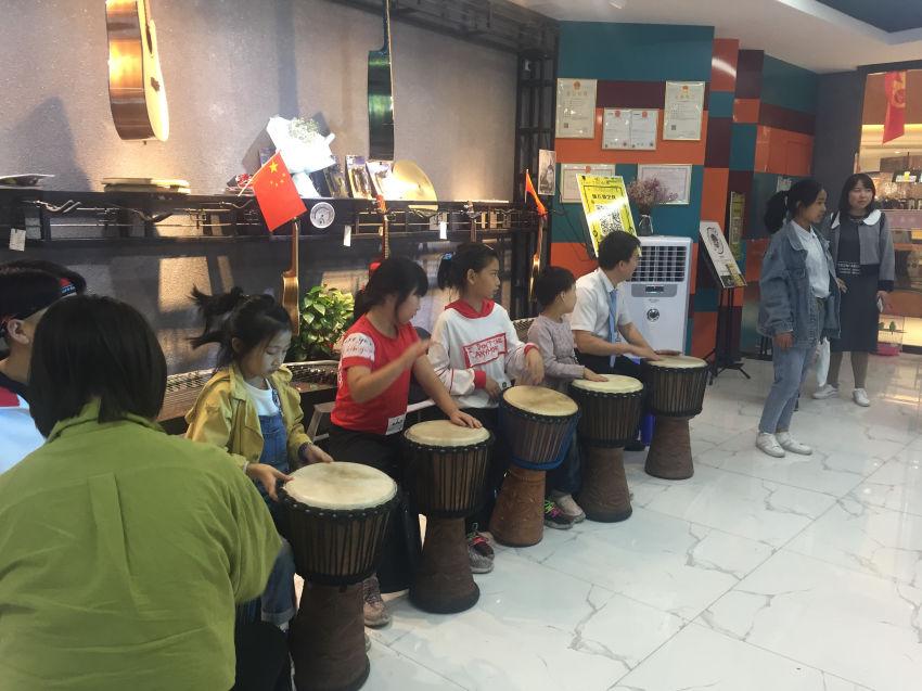 非洲鼓教学:音乐伴奏曲集