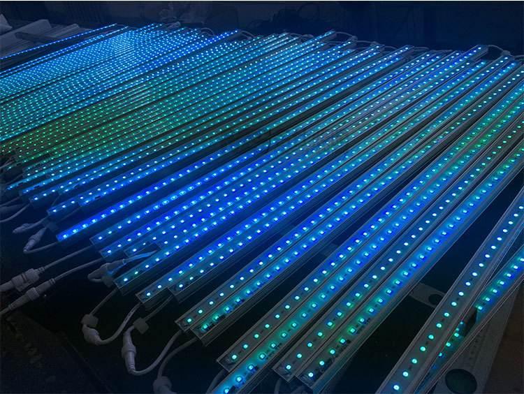 LED线形灯