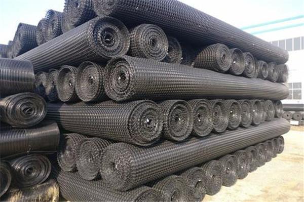 高速公路建设中的塑料平面网状材料应用现状