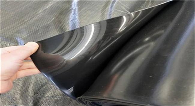 成都土工膜材料在我们的生活中被广泛使用