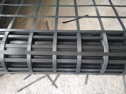 【成都土工格栅厂家】钢塑格栅在加筋施工中的排水作用,广卉林问您介绍