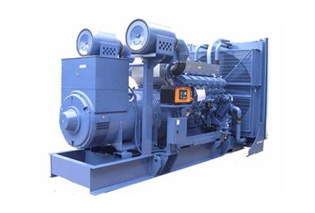 1100KW重庆康明斯柴油发电机组,成都柴油发电机组,四川成都1100KW柴油发电机组