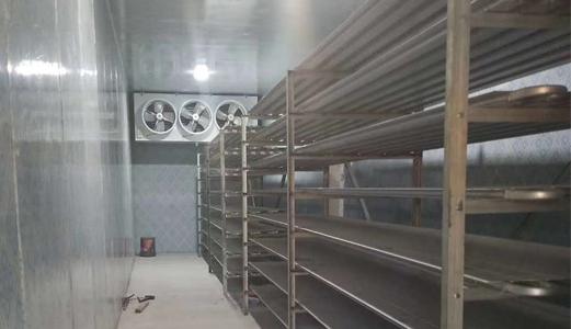 雪齐制冷与乌兰察布市玫瑰营黑猪养殖基地合作案例