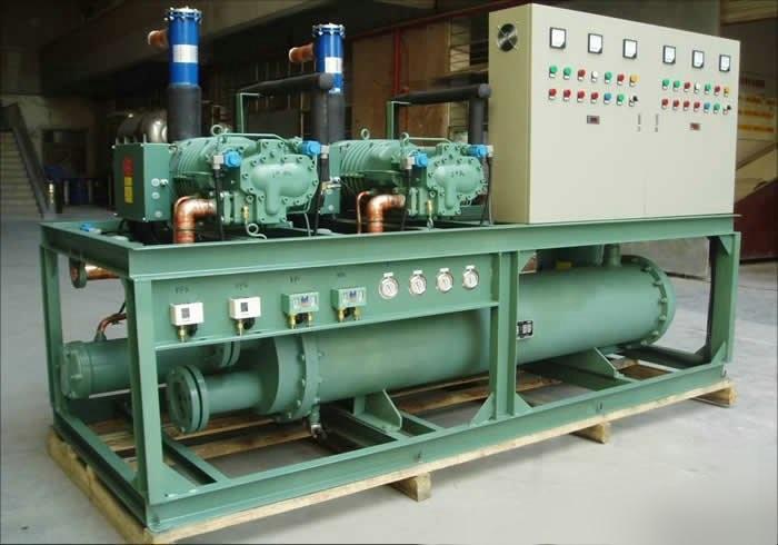 比泽尔螺杆并联压缩冷凝机组
