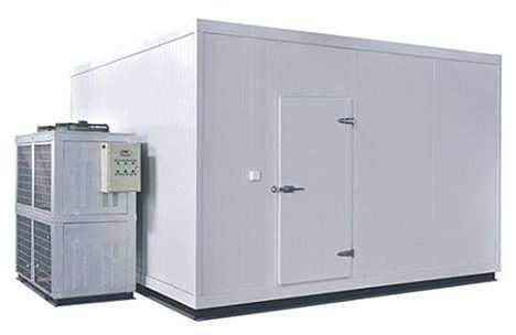 冷库保温为什么选择聚氨酯喷涂?