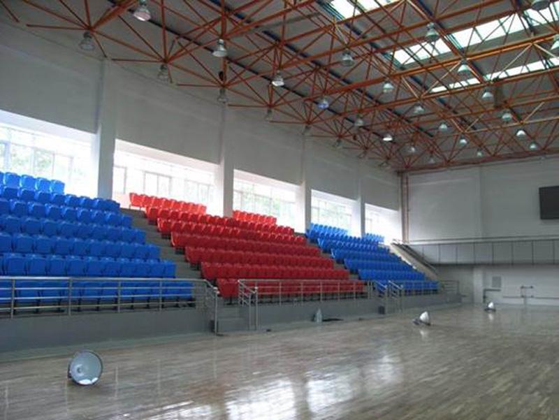 西固体育馆座椅