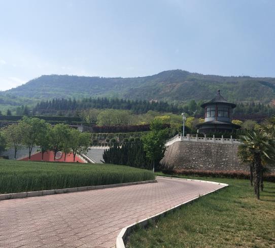 西安霸陵新区墓园风水