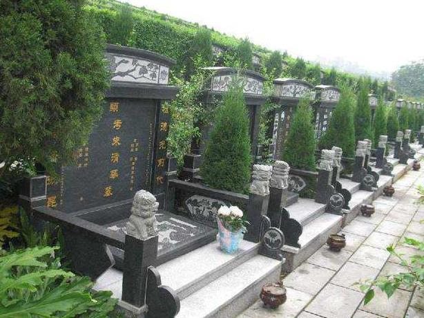 公墓选择墓地位置需要注意的具体事项有哪些?