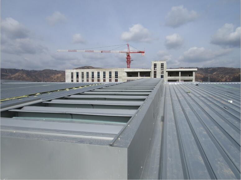 三角型电动采光排烟天窗的选用与安装