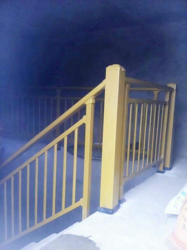 四川楼梯护栏客户见证
