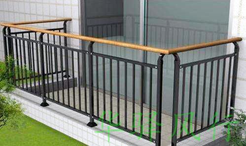 浅谈阳台护栏出现掉漆的现象该如何处理?