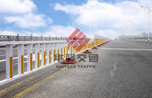 四川道路护栏案例