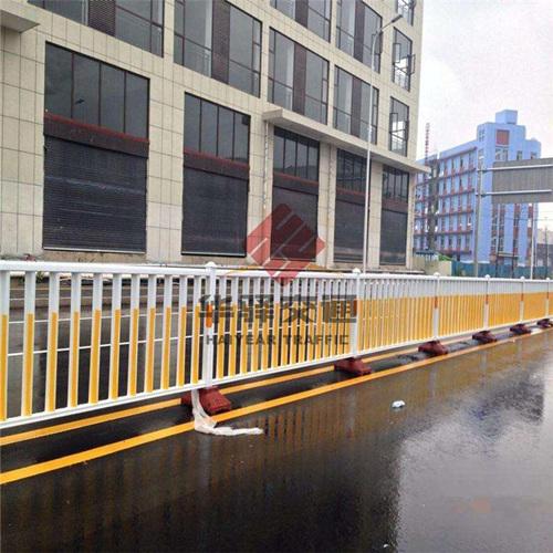 成都市政护栏安装事项