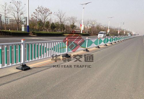 四川交通护栏分类