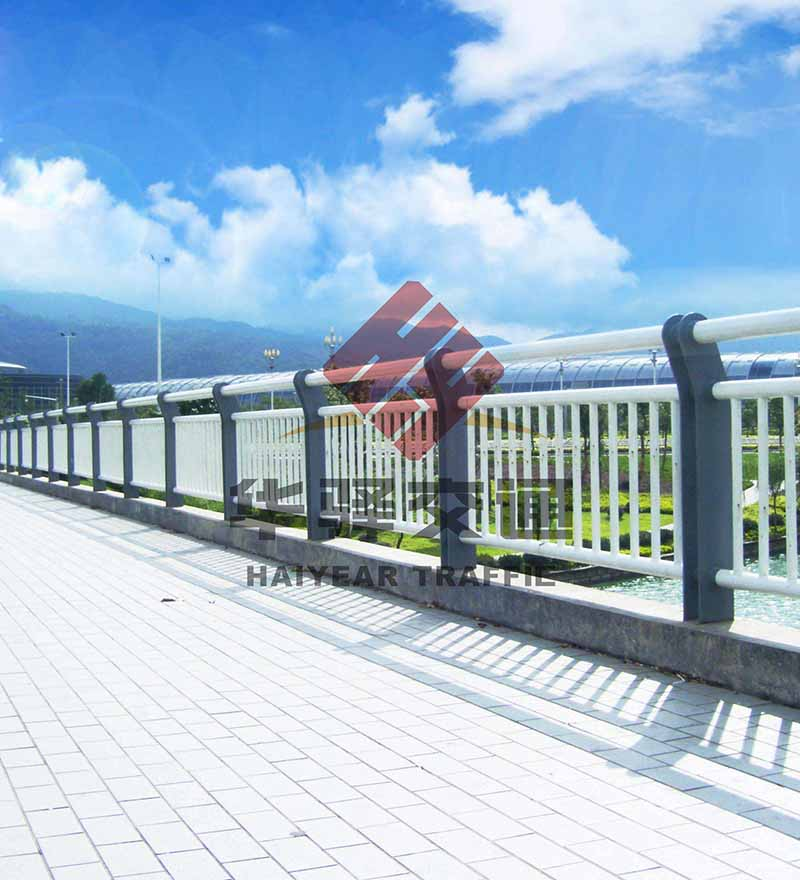 在成都桥梁护栏施工时要注意的一些问题