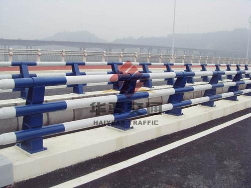 成都桥梁栏杆需严格按照国家规范要求设计制作